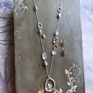 Jewelry - Silver & Gold Necklace & Earring Set
